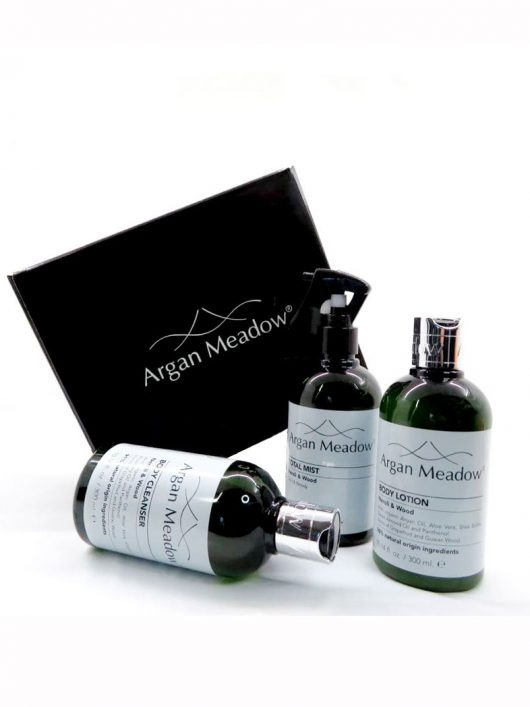 HOME SPA <br> Neroli & Wood Collection